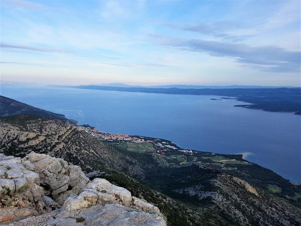 Uitzicht Vidova Gora op Brac bij Split
