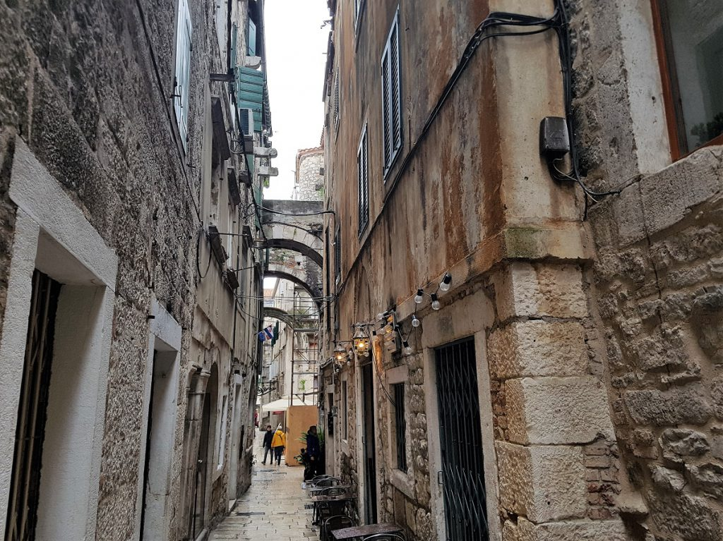 steegjes in split