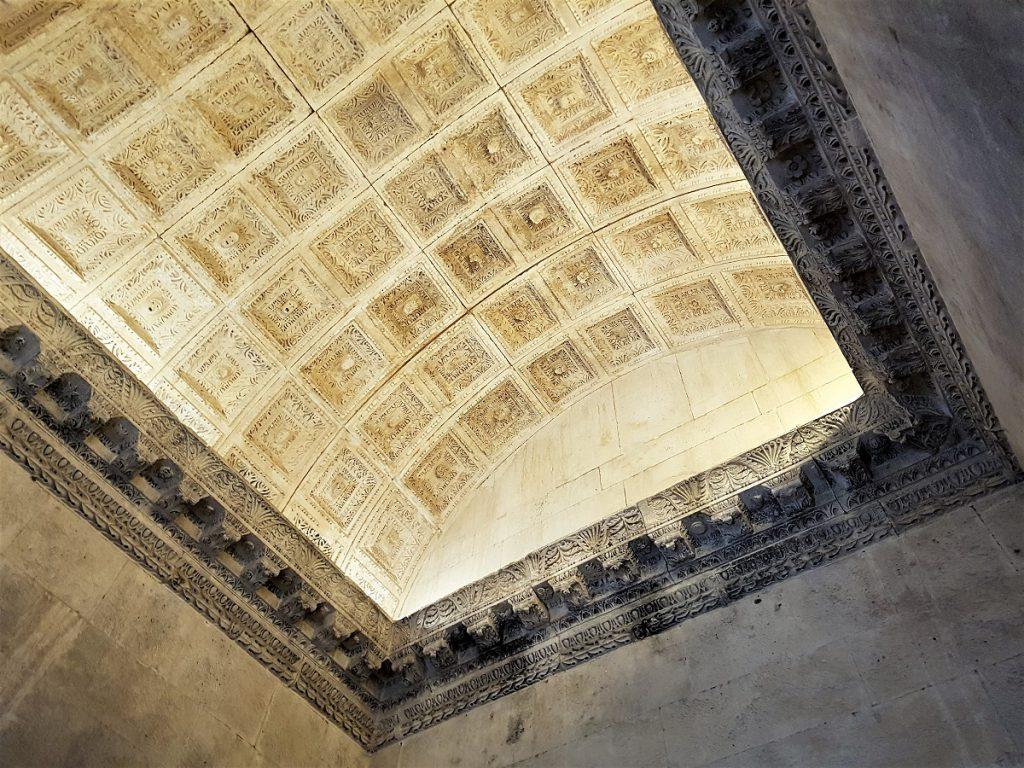 tempel van jupiter in split